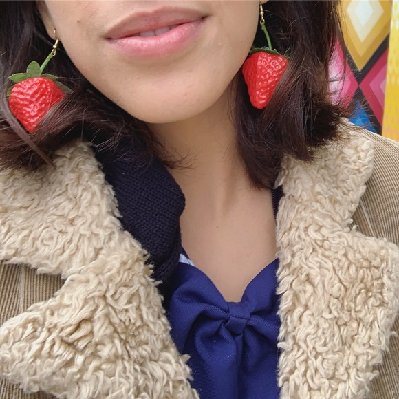 Strawberry 🍓 dangle earnings
